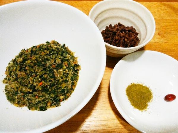 健康一番 × 馬 × エゴマ(アレルギー対応レシピ)の作り方1