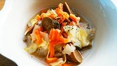 犬猫の乾燥野菜を使ったレシピ「レバーソーセージのポトフ」