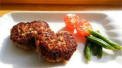 犬猫の牛肉を使ったレシピ「混ぜ込みハンバーグ」