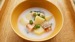 犬猫のヤギミルクを使ったレシピ「鮭とジャガイモのシチュー」