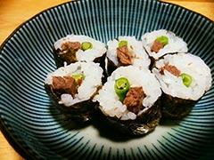 犬猫のエミュー肉を使ったレシピ「エミューの細巻き」