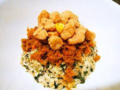 犬猫のオメガ3オイルを使ったレシピ「根菜とチキンビッツのせごはん」