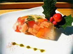 犬猫のコラーゲンキューブスープを使ったレシピ「鮭と野菜のゼリー寄せ」