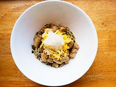 犬猫の泌尿器疾患におすすめレシピ「マグロとたっぷり野菜ごはん」