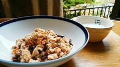 犬猫のヤギミルクを使ったレシピ「シリアルご飯」